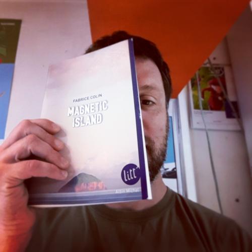 magnetic island,fabrice colin,albin michel,litt',roman ado,psychologie,famille,m'lire,librairie,jeunesse,littérature,simon roguet